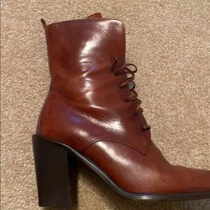 Joan and david women's boots heeled